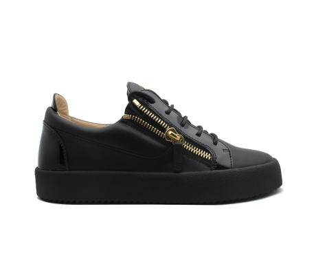 "Black ""Frankie"" sneakers with goden signature -"